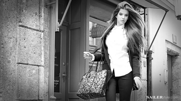 business-outfit-damen-kenzo-lonblazer-bluse-etro-hose-schwarz-weis-sw1